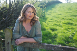 natural remedies for eczema for Liz Earle Wellbeing 5