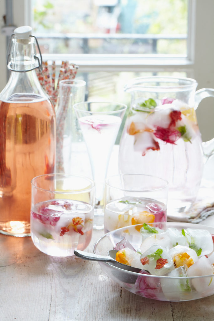 Top 5 ways to stay hydrated from Liz Earle Wellbeing 2