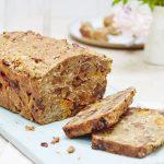 Menopause cake from Liz Earle Wellbeing - credit Georgia Glynn Smith