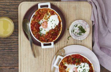 winter_breakfast_baked-eggs-liz-earle-wellbeing