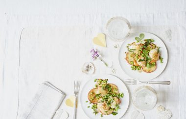 Supper for Two — Scallops with curried apple slices and fresh peas - Liz Earle Wellbeing