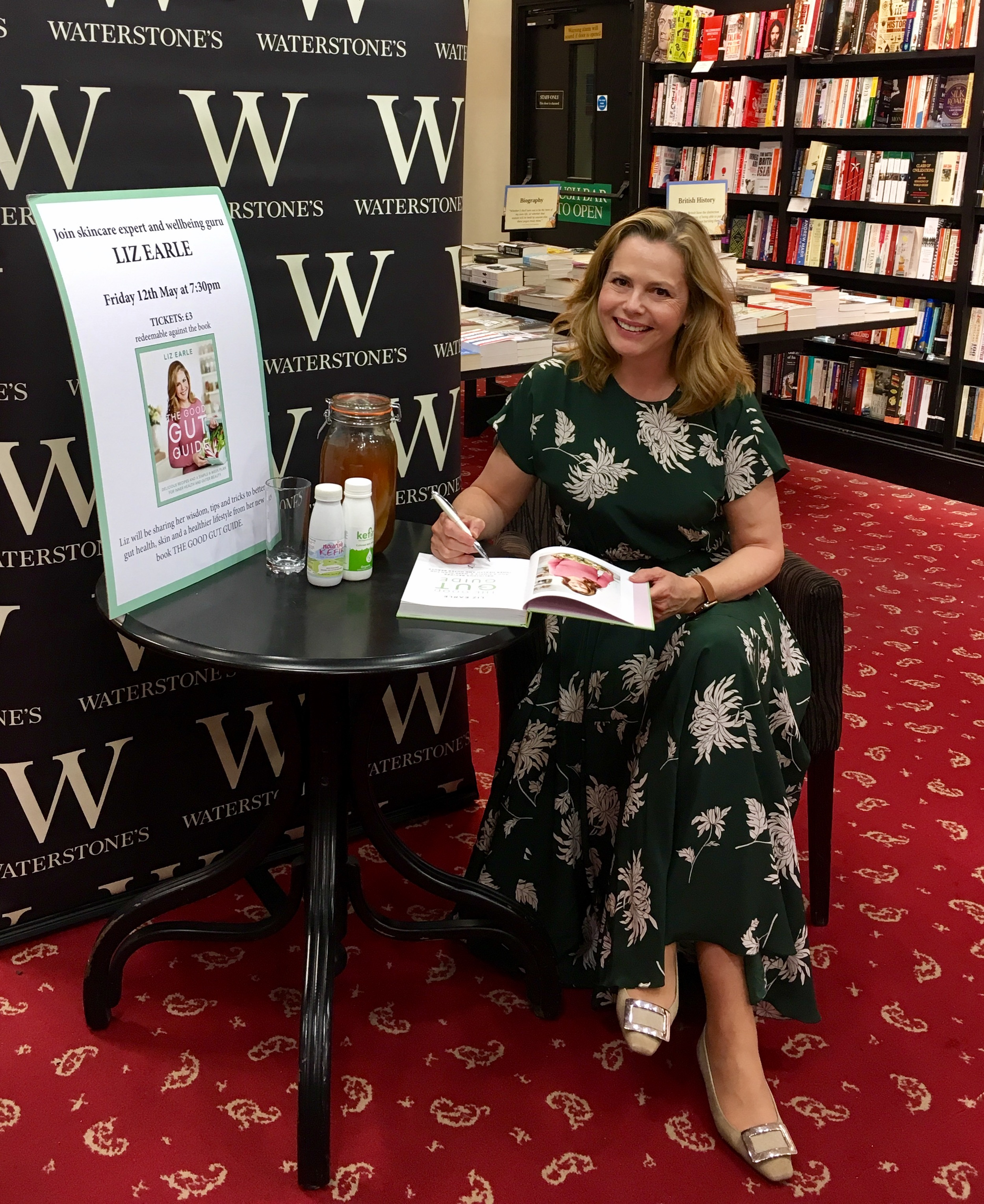 Book signing Waterstones The Good Gut Guide Liz Earle Wellbeing