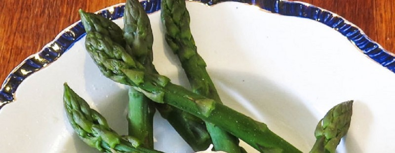 asparagus egg recipe liz earle wellbeing