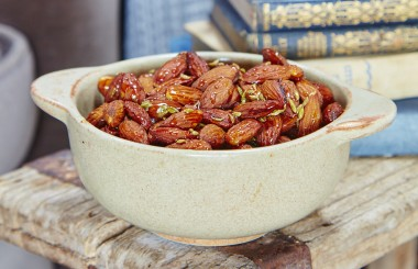 honey roast nuts almonds liz earle wellbeing