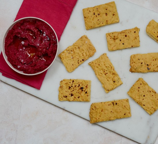 chickpea crackers with beetroot hummus