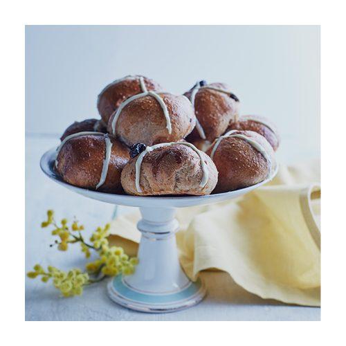 hot cross buns recipe liz earle wellbeing