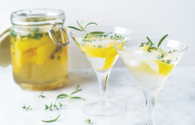 Lemon and herb cocktail