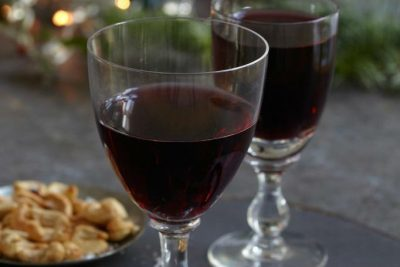 Glass of red wine, alcohol and its risk to breast cancer