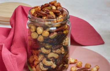Chilli and lime nuts