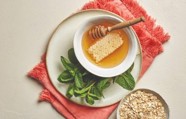 honey oat and mint facemask
