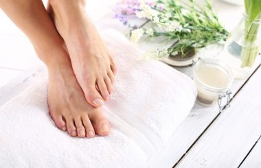 feet scrub pedicure